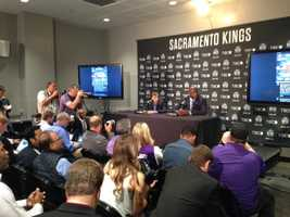 Vivek Ranadive and Shaquille O'Neal hold a news conference before the team's opening game.