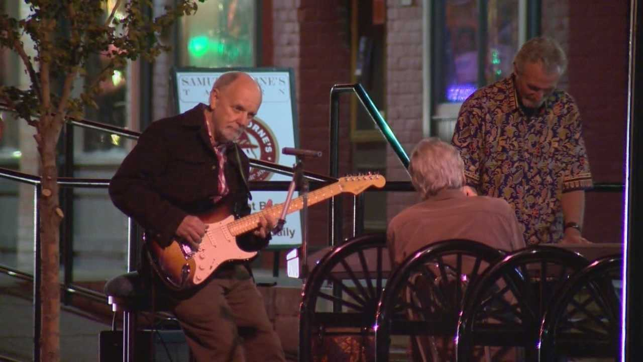 The Folsom City Council is taking steps to create an entertainment district that could restrict bars and restaurants.