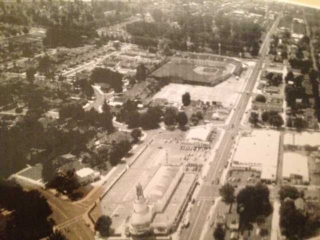 An aerial photo of Tower Theatre taken in 1938.