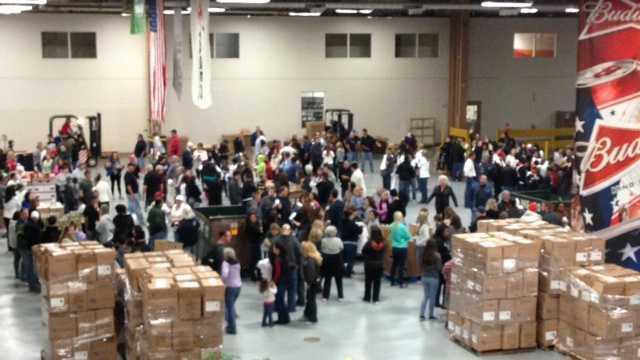 Fairfield brewery delivers food baskets to those in need