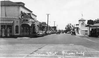 Early plans of Folsom included shops along Sutter Street and a railroad depot. This photo was taken in the 1930s.