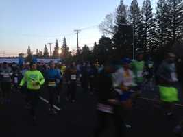 Thousands of runners dashed from the start line in Folsom to kick off the California International Marathon on a chilly Sunday morning.