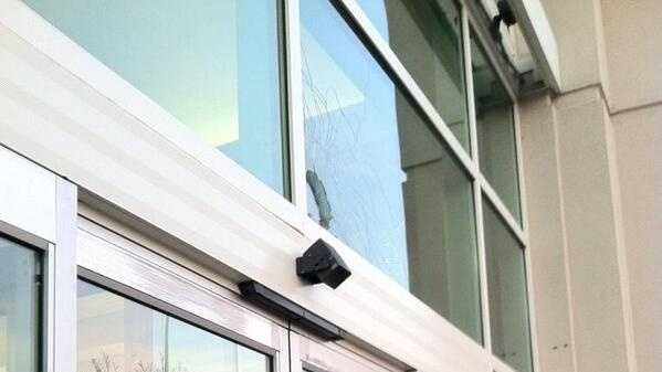 Twitter user ayy_mariii snapped this photo that shows a shattered window at the West Valley Mall in Tracy. (Dec. 20, 2013)