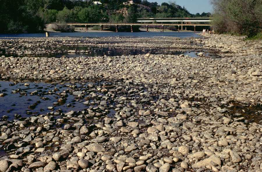 The American River flowed very slowly during the 1977 drought.