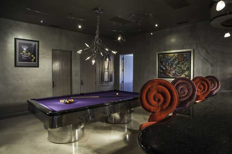 Here's another look at the billiard room.
