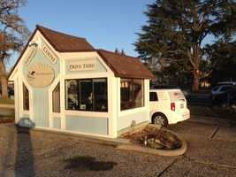 Davis is billing his kiosk as the only independently owned, locally roasted, coffee stop in Elk Grove.