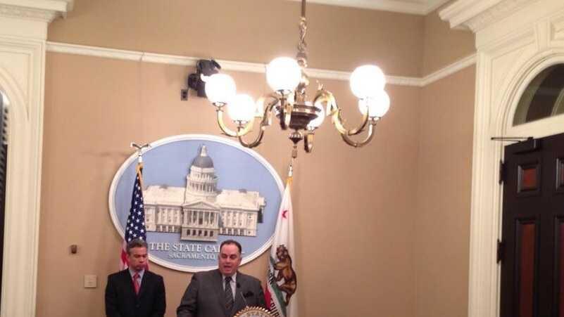 Assembly Speaker John Perez discussing the California teacher pensions. (Jan. 29, 2014)