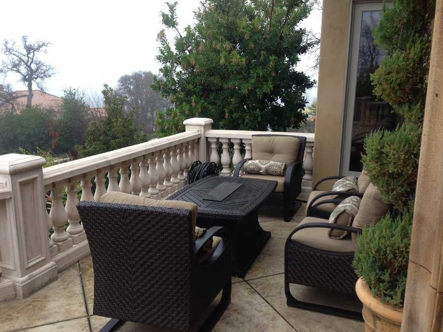 Sitting area on the balcony