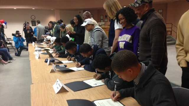 signing day, football, prep sports, high school playbook, elk grove students, scholarships, high school seniors, going to college, kcra, kcra 3, kcra.com, kcra3, kcra news, kcra channel,