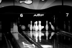 1. Bowling: Try for a strike at Capitol Bowl in West Sacramento, Strikes Unlimited in Roseville or Folsom Lake Bowl in Folsom.Price: $7 to $15 (including game and shoes)