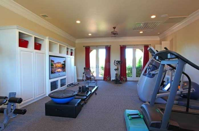 The home has this workout area.