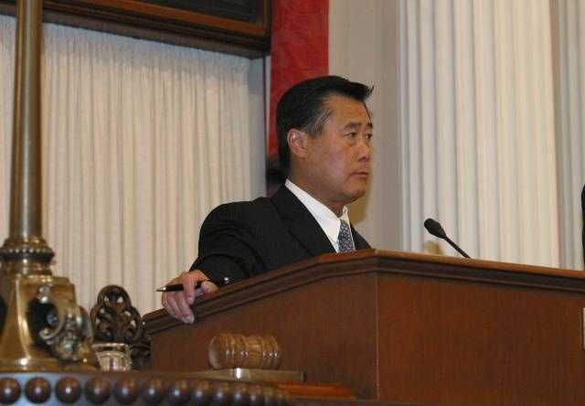 Nov. 2012 -- Yee announced he will run for California secretary of state in the 2014 elections.