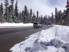 Clear roads in Echo Summit