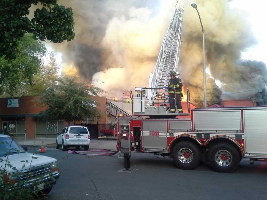 A large fire engulfed a commercial building in downtown Sacramento on Thursday. (April 3, 2014)