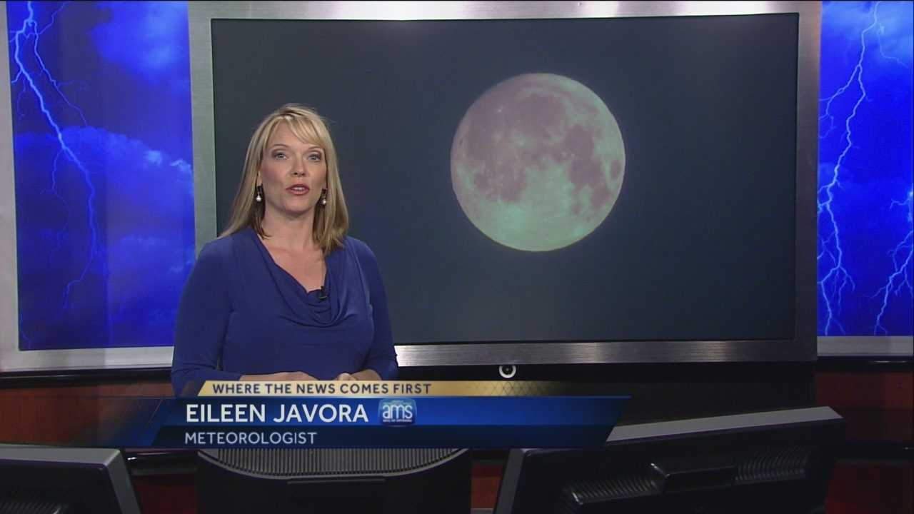 KCRA 3 meteorologist Eileen Javora explains when and how to enjoy Monday night's celestial treat: a total lunar eclipse.
