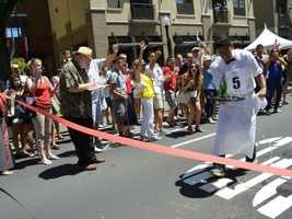What: Sacramento Bastille Day: Waiters' Race & Street FestivalWhere: The Handle DistrictWhen: Sun Noon-3pmClick here for more information on this event.