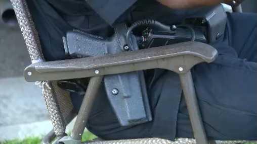 Security guard gun