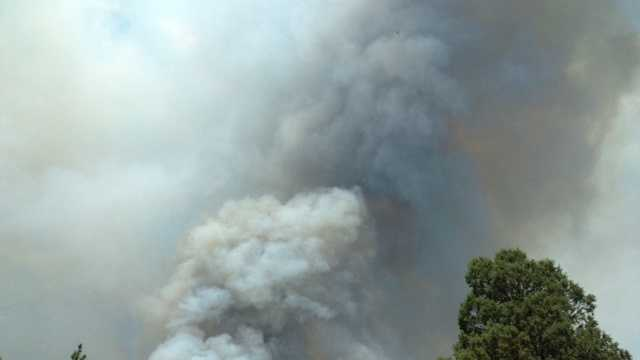 Fire burning north of the town of Weed (July 2, 2014)