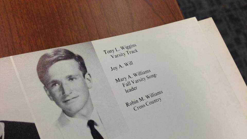 Robin Williams yearbook