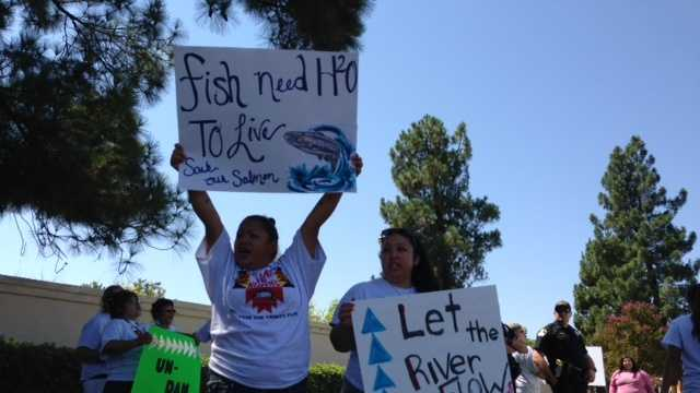 Members of three Northern California Indian tribes protested in Sacramento (Aug. 19, 2014).