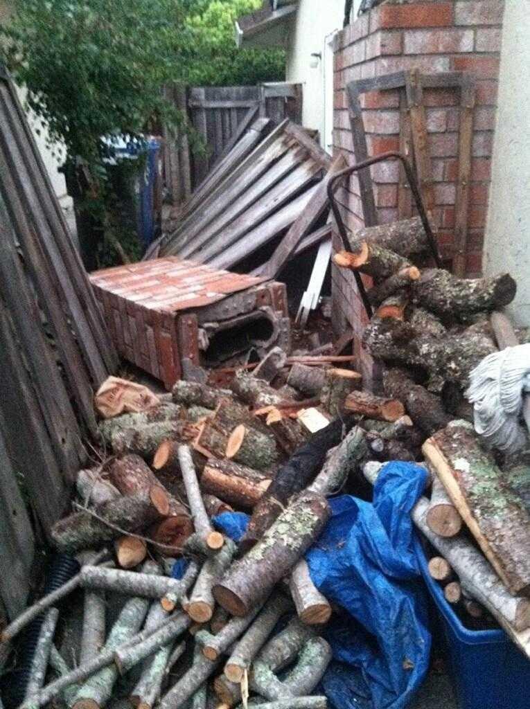 A chimney collapsed at a Napa home in Sunday morning's earthquake. (Aug. 24, 2014)