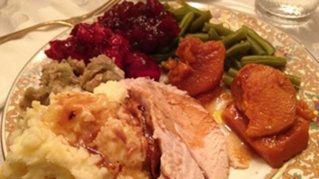 14. Thanksgiving: Who doesn't enjoy some homemade mashed potatoes, stuffing and turkey? Americans love to stuff their faces on the holiday before getting up early for some Black Friday shopping.