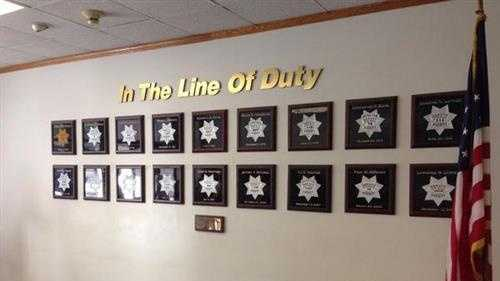 Sacramento County deputy Danny Oliver died after being shot in the head near a Motel 6 on Arden Way. (Oct. 24, 2014)