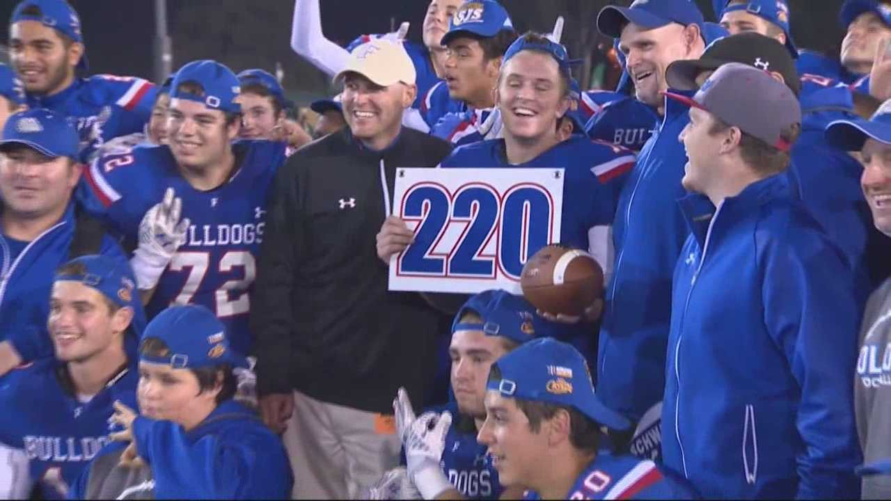 The Folsom Bulldogs beat the Tracy Bulldogs 55 to 7 in division one football.