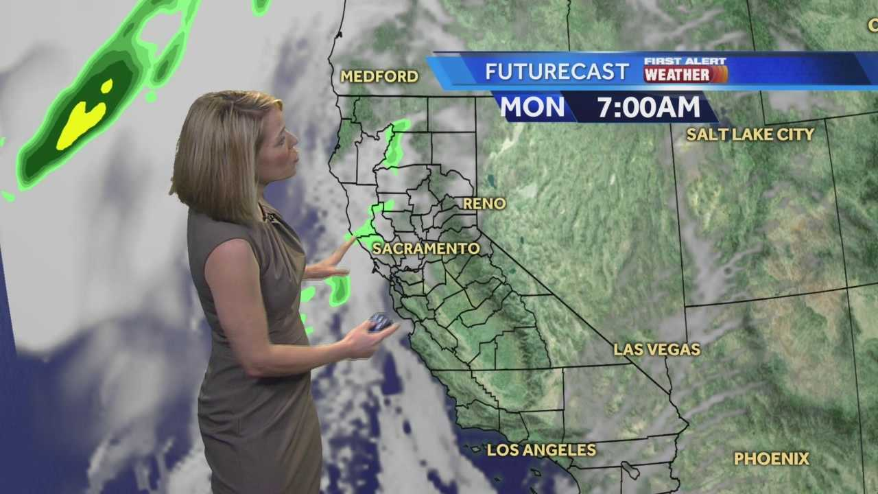 KCRA 3 First Alert Meteorologist Eileen Javora shows when to expect rain,
