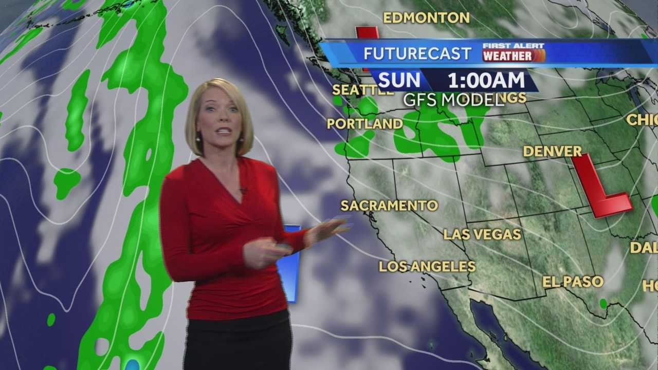 KCRA 3 Meteorologist Eileen Javora shows how chilly the weekend will be.