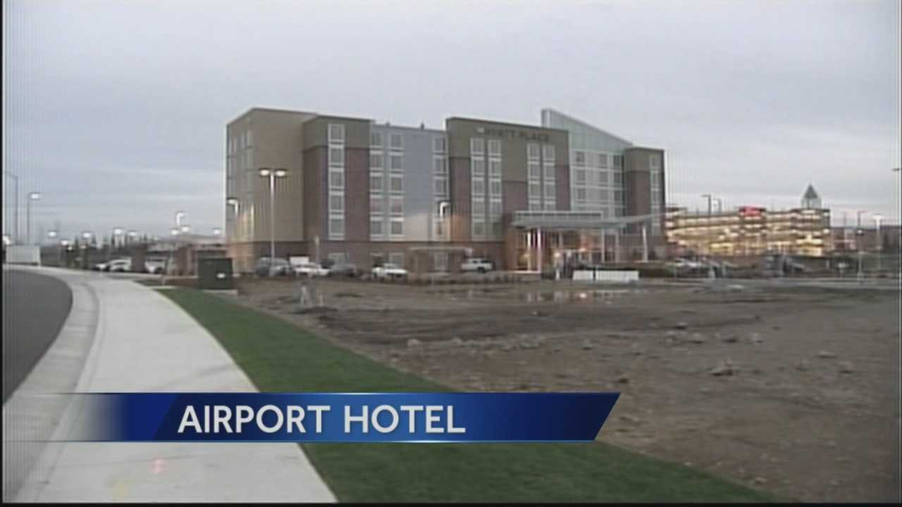 Plans are moving forward to build a hotel at Sacramento International Airport between Terminals A and B.