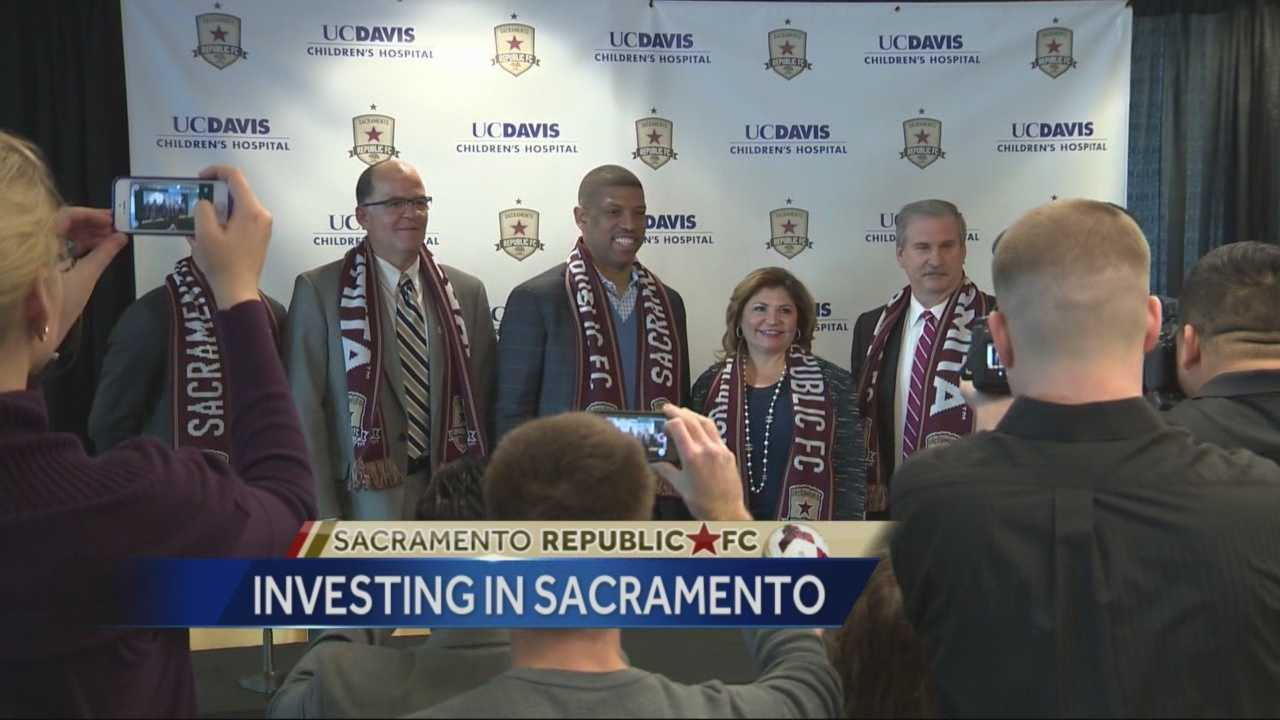 """Sacramento Mayor Kevin Johnson, along with Sac Republic FC representatives, discussed the recent developments in the city's bid for an MLS team. """"I feel like we have a Super Bowl-level ownership team,"""" Johnson said."""