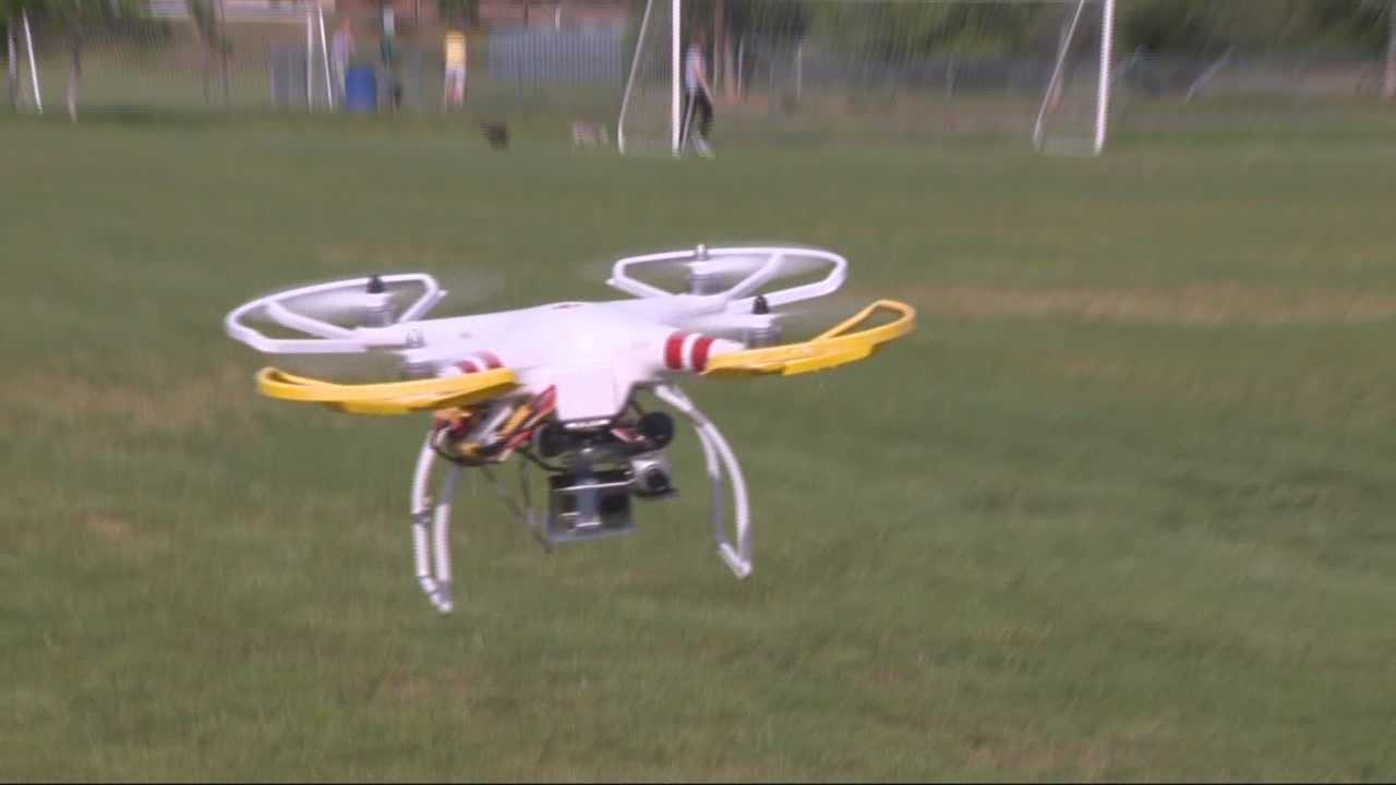 Lawmakers at the State Capitol will start hearings Tuesday on privacy rights and the use of drones in California.