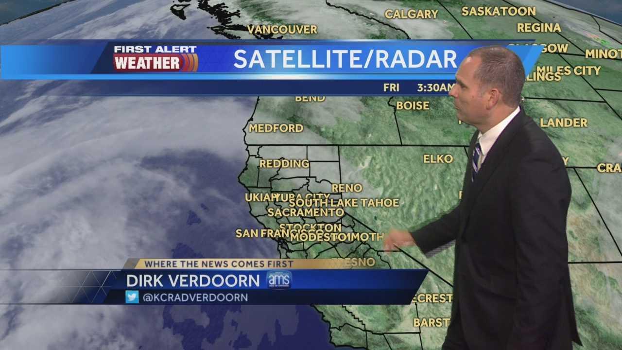 KCRA 3 First Alert Weather meteorologist Dirk Verdoorn tracks the weekend warm-up and rain chances.