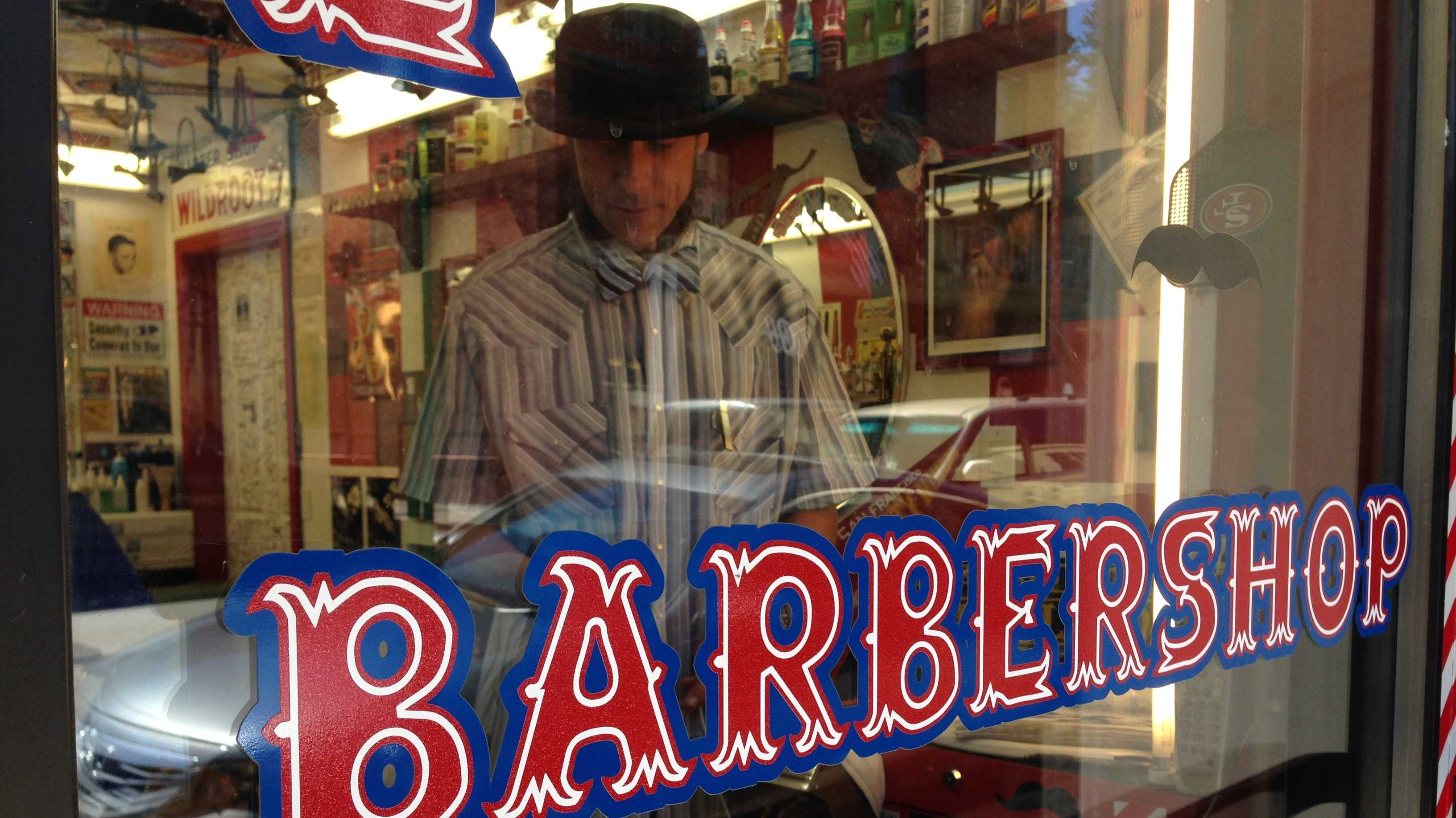 KCRA photographer Mike Rhinehart caught up with the Bowtie Barber of Placerville, who two years ago opened up his businesses with the goal of giving people a great cut and even better customer service.