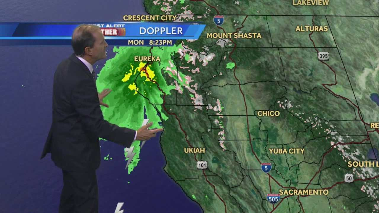 KCRA 3 First Alert Weather chief meteorologist Mark Finan times out the arrival of a strong rain and snow system.