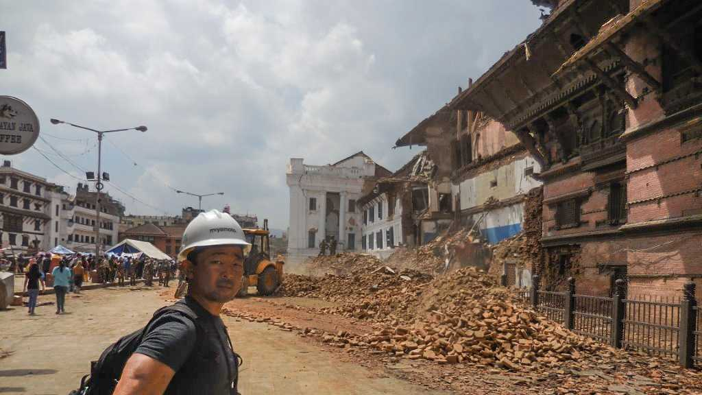Kit Miyamoto inspects earthquake damage in Nepal.