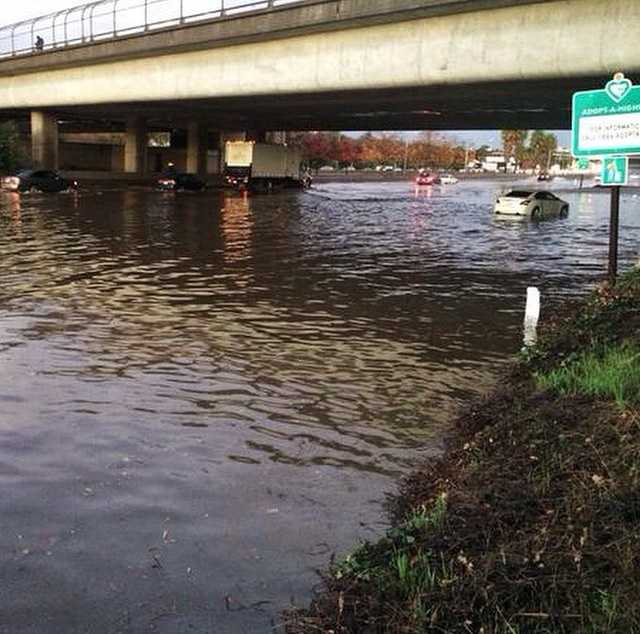 Weather photos can be fun. (Cough), when we actually get some wet weather, that is!Anyone get stuck on #Lake80 today? Sheesh! We're glad the traffic finally cleared. Photo: Richard Sharp #norcal #weather #interstate80 #i80 #decemberstorm #sacwx #sacramento #KCRA #rain #rainfall #nightmare