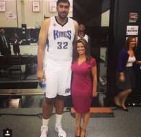 Polly Pocket?We just HAD to #regram this photo from @tvlisagonzales! How funny. Here's Lisa with @simbhullar2, who will play tonight with the @sacramentokings -- making history as the first #nba player of Indian descent. Gotta love the #photobomb from @benmclemore, too. Good luck tonight, guys! #kingsallday #sackings #sacramentokings #nbakings @visitsacramento @downtownsac @sacdtplaza @cityofsacramento @sacramento_ca #kcra #kqca #norcal #sports #tallpeeps @nba