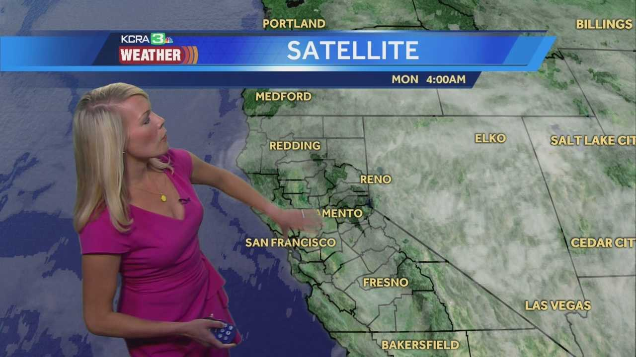KCRA 3 Meteorologist Tamara Berg shows us which areas may pick up some showers this afternoon.