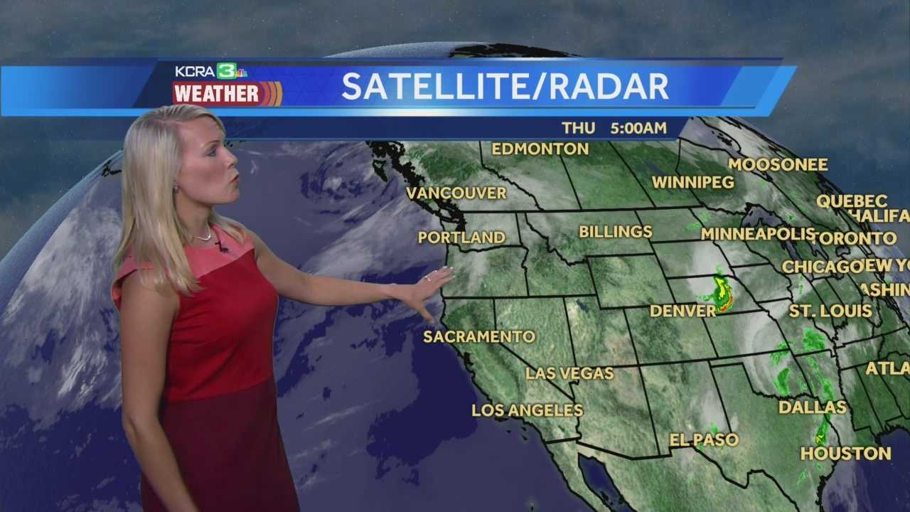 KCRA 3 Weather meteorologist Tamara Berg tracks when temps will peak this weekend.
