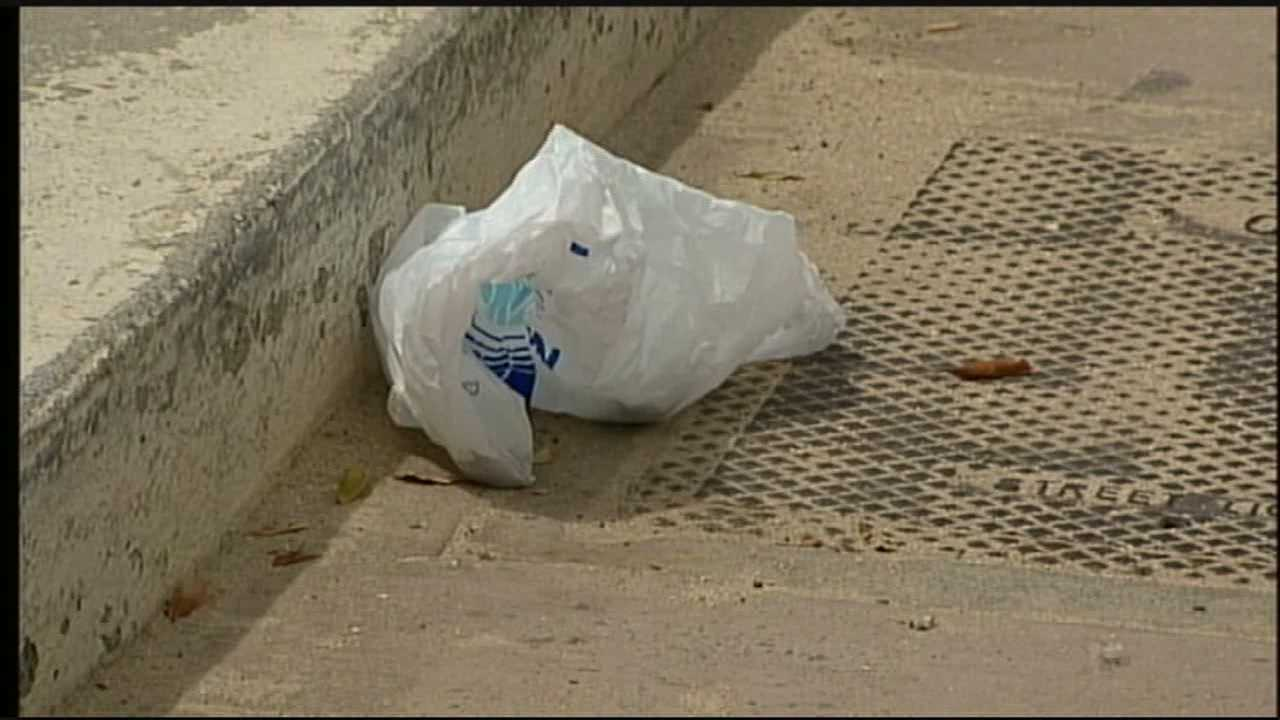 Today, Oahu joined the neighboring islands in banning plastic bags.