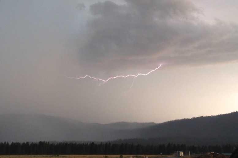 Lightning near Sierraville (July 2, 2015)