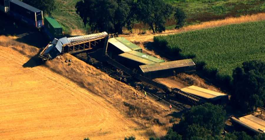 A Union Pacific train derailed south of Galt, causing 29 cars to come off the tracks. (July 29, 2015)
