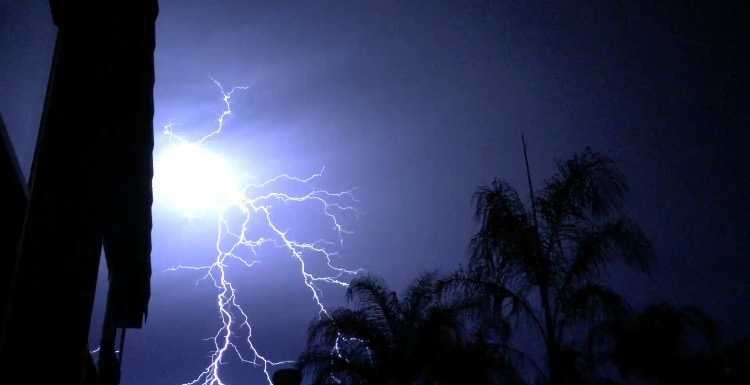 A lightning storm rolled through Northern California Thursday night into Friday morning, although not much rain fell in the area. However, KCRA's viewers showed off their great photography skills by capturing some pretty incredible lightning photos. Take a look at the pictures.