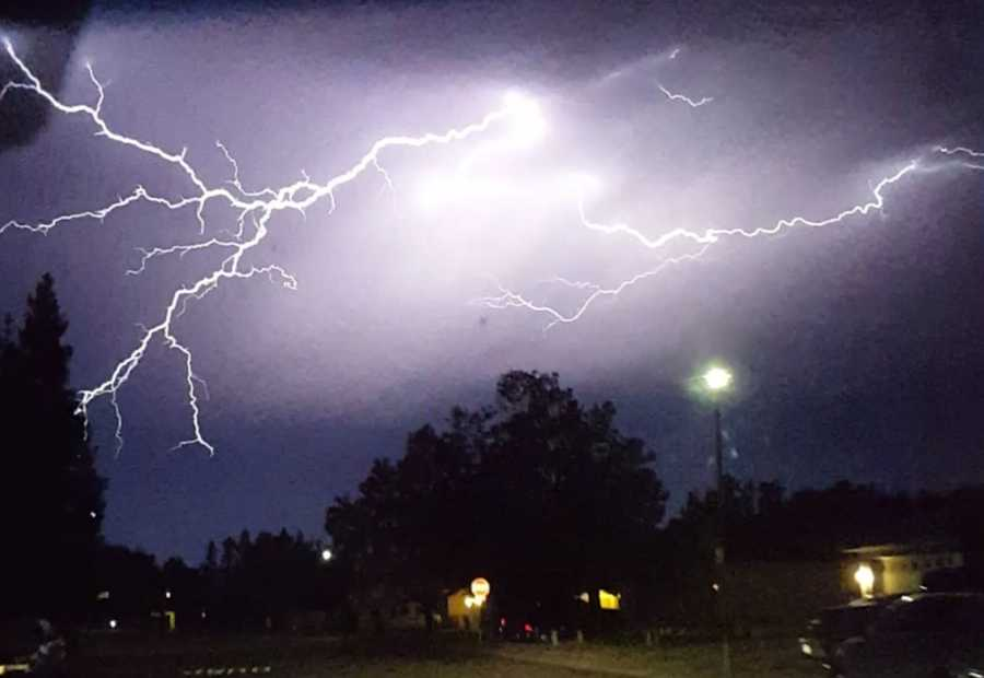 These fingers of lightning really stretched out over Elk Grove. (Aug. 6, 2015)