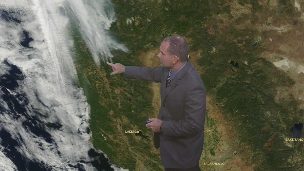 KCRA 3 Weather meteorologist Dirk Verdoorn tracks the weekend heat.