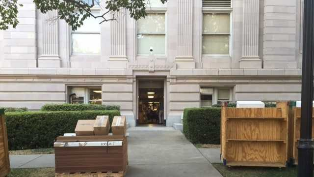 Yolo County courthouse move (Aug. 17, 2015)