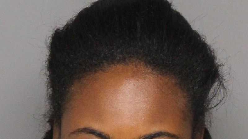 Kira Emhan Booth, 18.