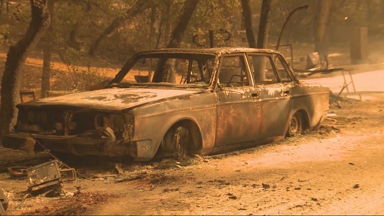 A lawsuit filed against Pacific Gas and Electric and a contractor claims that the company did not properly clear vegetation in the Butte Fire, a Southern California law firm said on Tuesday.